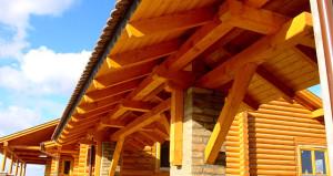 Rönkház tetőszerkezete, Mediterrán cserépfedéssel. Ács és tetőfedő munkák kivitelezése. Ács Dunakeszi.