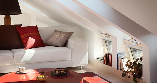 Tetőtéri lakás, tetőtéri ablakokkal