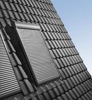 Redőny velux tetőtéri ablakon
