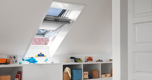 Velux tetőtéri ablak üvegezés, gyerekszobába