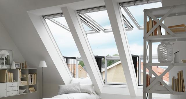 Hőszigetelt tetőtéri szoba, Velux tetőerkéllyel